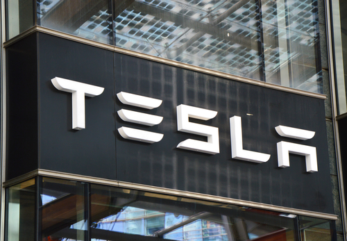 Tesla to add power to UK network