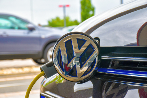 ECA Member partners with VW for EV charging