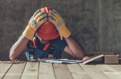 Survey: Construction workers depressed and suicidal after contractual issues